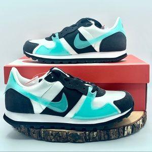 Nike Womens V-Love O.X